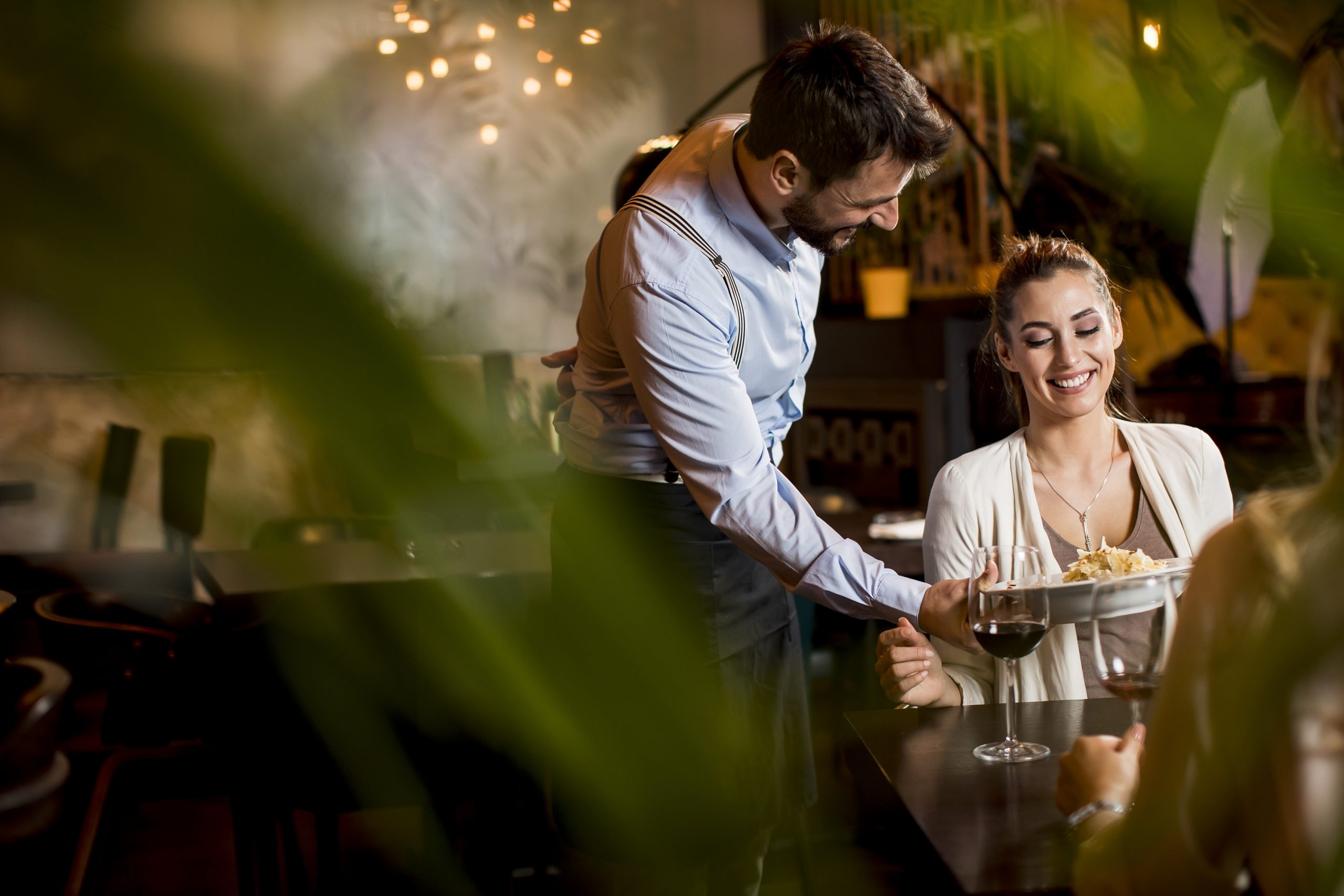 How to Implement Effective Customer Loyalty Program in F&B Industry